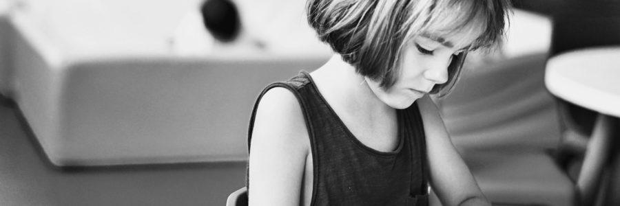 Att bli av med vårdnaden utan vetskap efter att ha skrivit på blank ansökan om skilsmässa