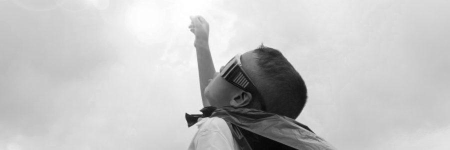 Barn som bevittnar våld blir nu barnfridsbrott